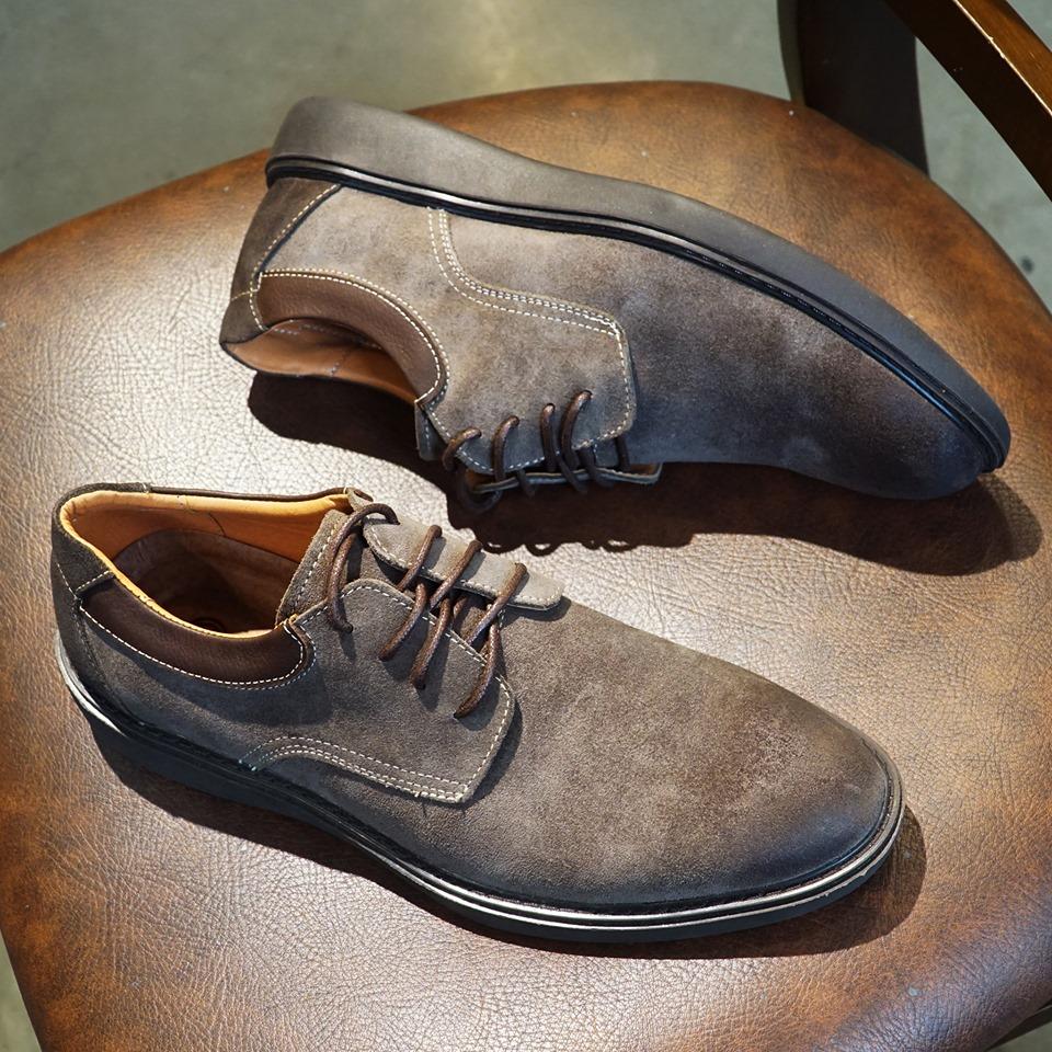 cách vệ sinh giày da lộn nam tại Hà Nội